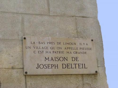 delteil plaque Pieusse.jpg