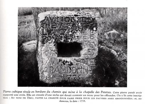 pierre gravée.jpg