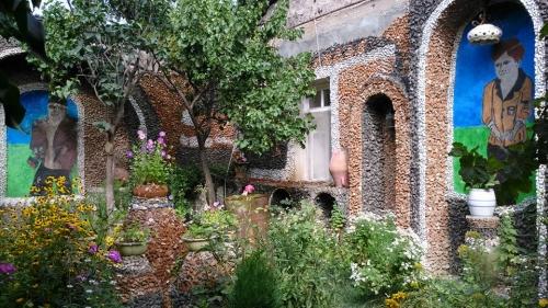 jardin et fresques.jpg