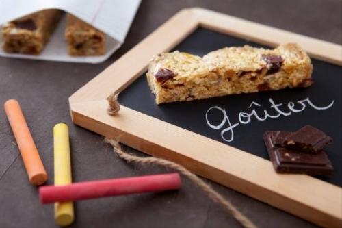 recette-e22673-barre-de-cereales-maison-au-chocolat.jpg