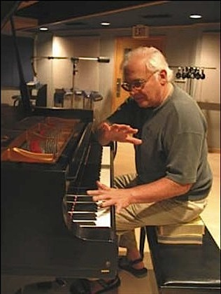 paul bley au piano.jpg